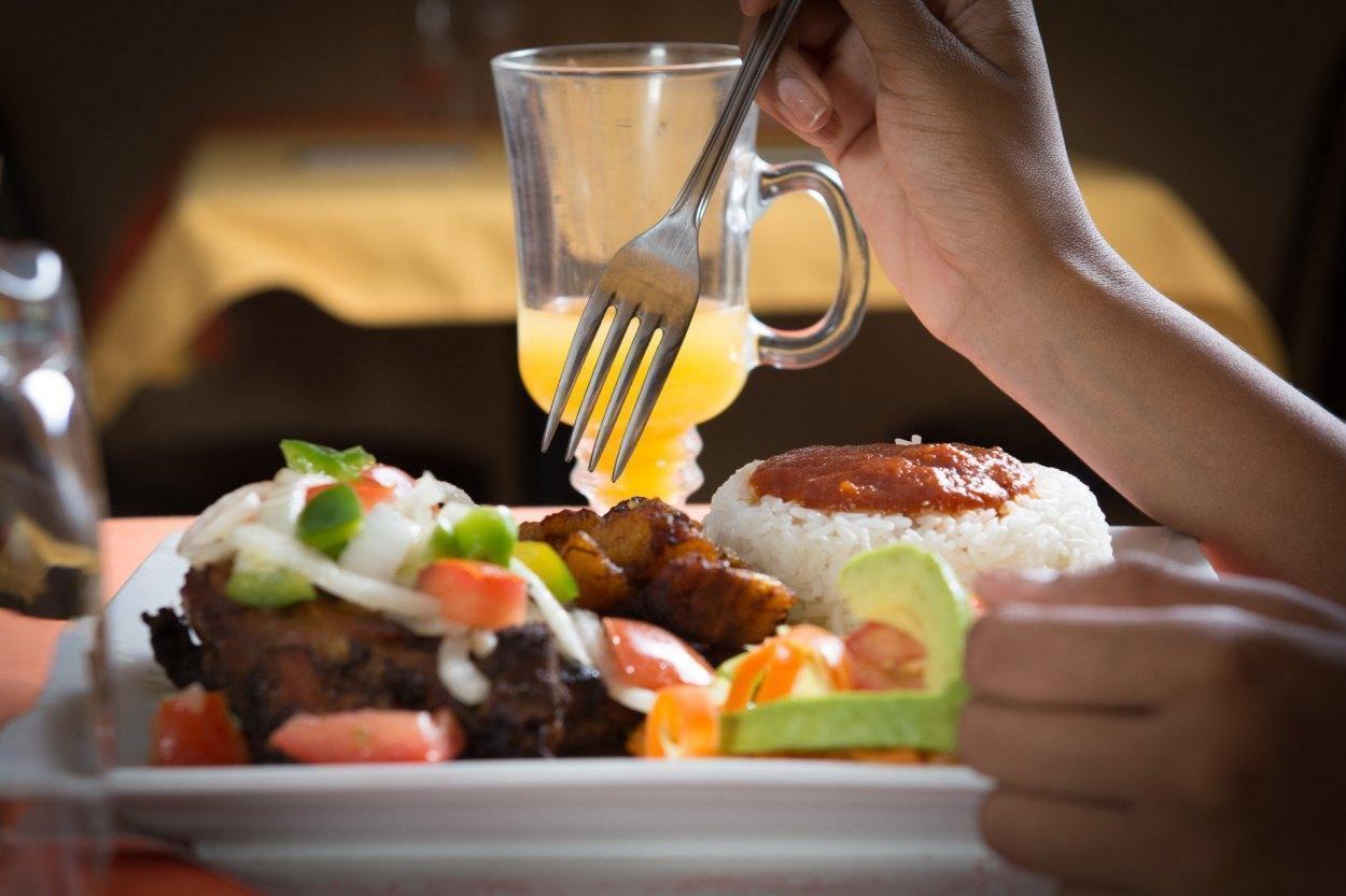 La Calebasse - Sainte-Foy-Sillery-Cap-Rouge, Quebec - African Cuisine Restaurant