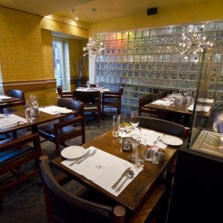 Le Grand Café Restaurant Photo