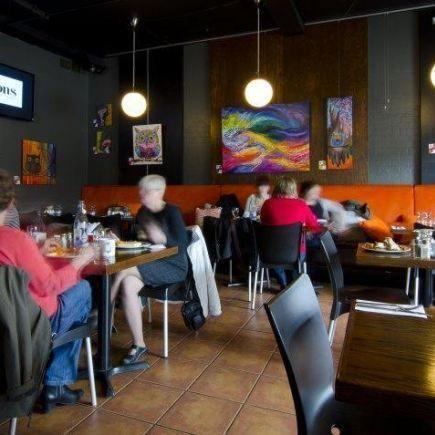 Les Fistons Restaurant Photo