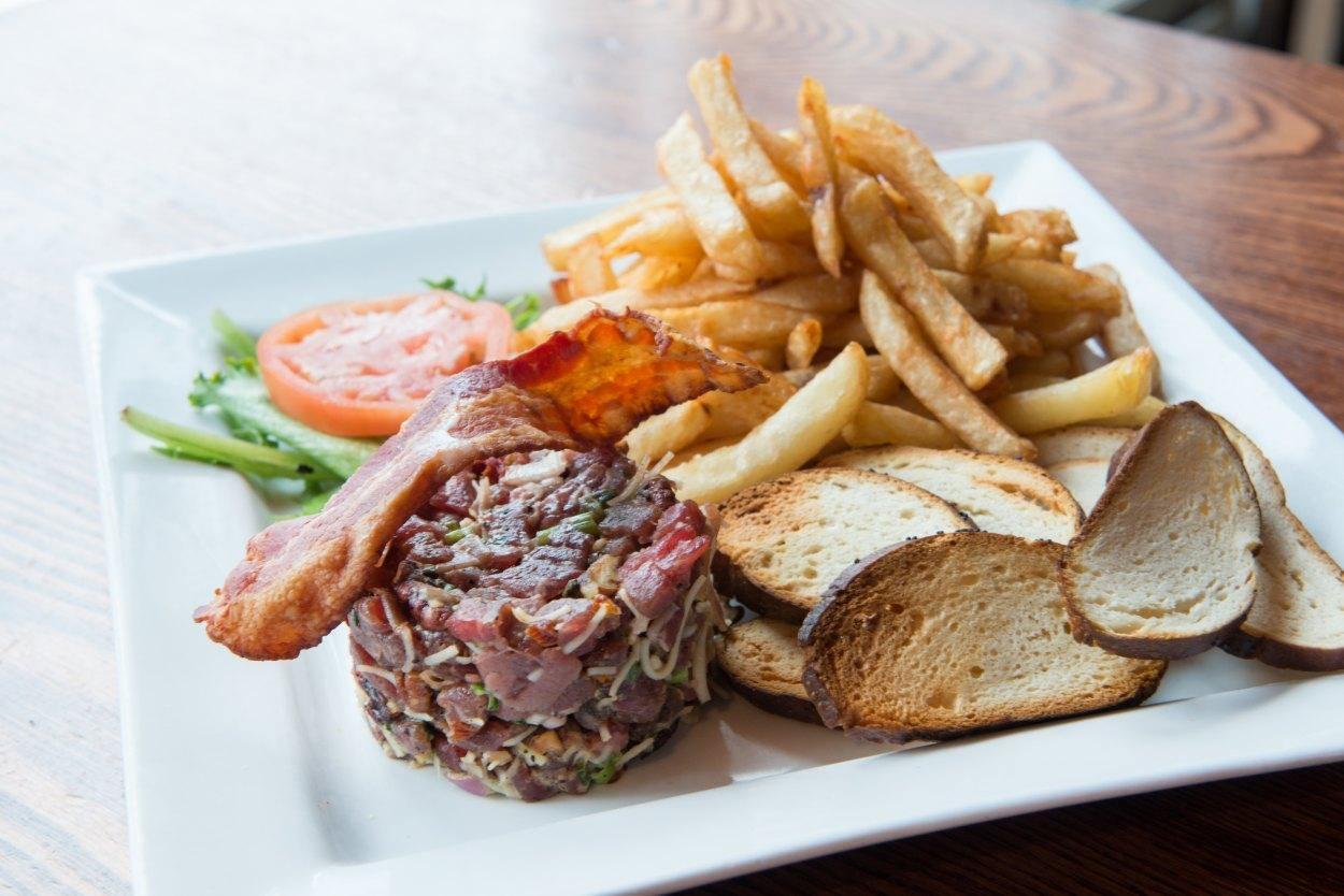 Pub Galway - Montcalm, Quebec - Burgers Cuisine Restaurant